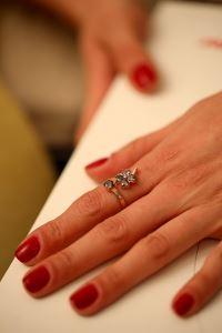 Yonca Model Mistik Topaz Taşlı Rose Gümüş Yüzük