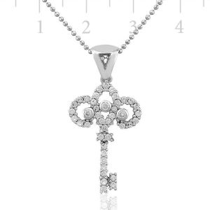 Gümüş Anahtar Bayan Kolye