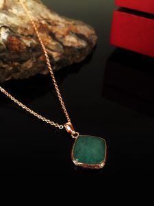 Dr Stone Doğaltaş Kadın Yeşil Akik Taşı Rose Altın kaplama Kolye KRB150
