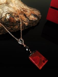 Dr Stone Doğaltaş Kadın Mercan Taşı Rose Altın kaplama Kolye KRB166