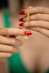 İyilik Meleği Model Zirkon Taşlı Altın Kaplama Gümüş Kolye