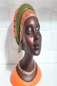 Dekoratif Afrikalı Kadın Biblo 22x16 cm
