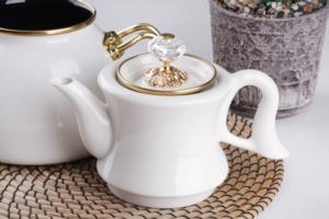 Bastonlu Züccaciye Beyaz Vintage Çaydanlık