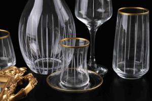 Royal Kristal Çizgili Dekorlu Gold 31 Parça Kapaklı Şişe