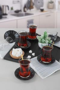 Keramika Mat Siyah Cam Çay Takımı 12 Parça 6 Kişilik