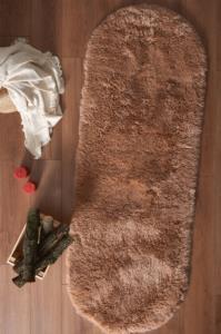 Markaev Tavşan Tüyü Camel Oval Halı
