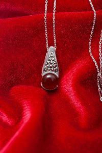 Damla Model Akik ve Markazit Taşlı Gümüş Kolye
