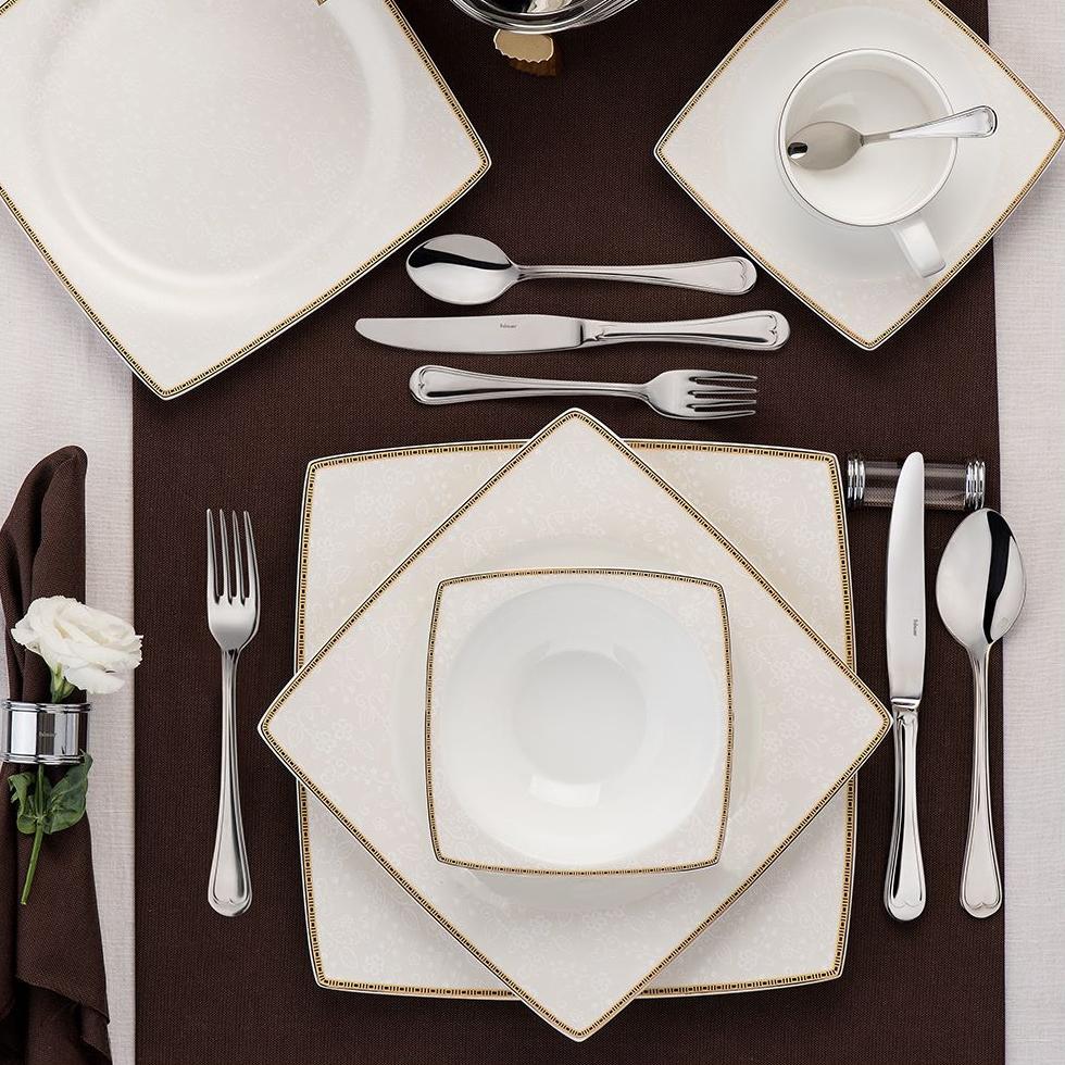 Altın-yaldızlı-porselen-yemek-takım-örnekleri