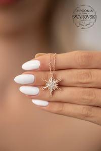 Swarovski Taşlı Kar Tanesi Model Rose Kaplama Gümüş Kolye