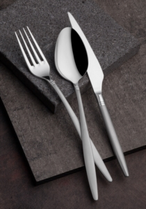 Onon Pera 84 Parça Saten Çatal Kaşık Bıçak Takımı Kutulu Set