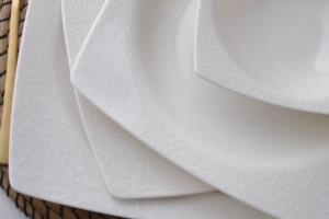 Güral Porselen 24 Parça Caroline Kare Bone Yemek Seti 6109