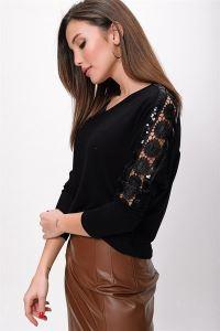 Kol Dantel Şeritli Yarasa Kol Likralı Çilek Bluz Siyah