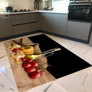Milano Halı Kaymaz Tabanlı Mutfak Halısı Yıkanabilir Dot Taban HM-597