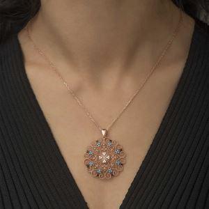 Gümüş Etnik Desenli Madalyon Kolye